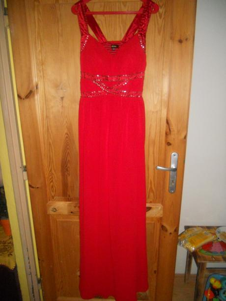 Červené šaty dlhé, 44