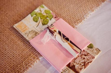 Dekorace kolíček - Polibek ženicha a nevěsty ,