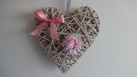 Sada 2 velká proutěná srdce růžová,