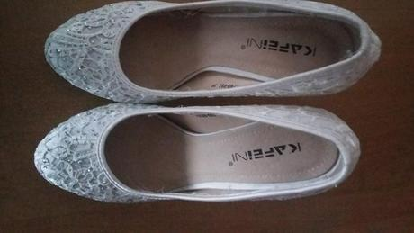 Biele topánky , 39
