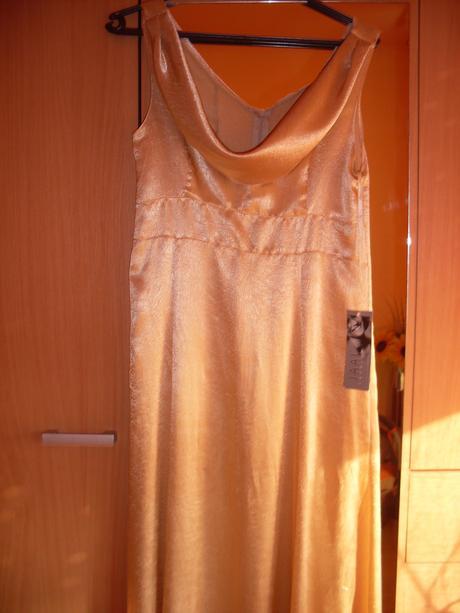 spoločenské šaty-pozor výrazne zlacnené, 38