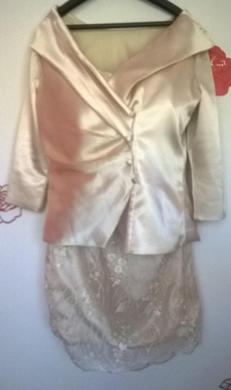 šaty - kostým, 42