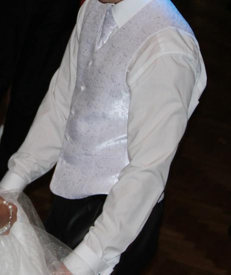 Svadobná vesta, 50