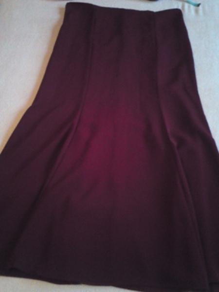 Elegantny spolocensky bordovy kostym - 42, 44