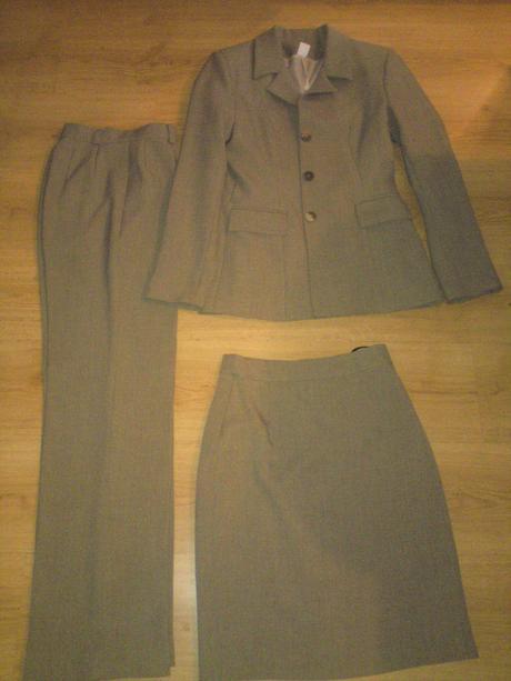 nohavicovo suknovy kostym 36/38, 38
