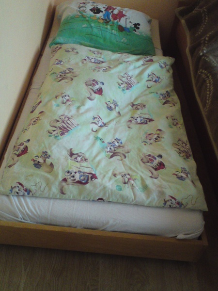 vysuvacia postel,