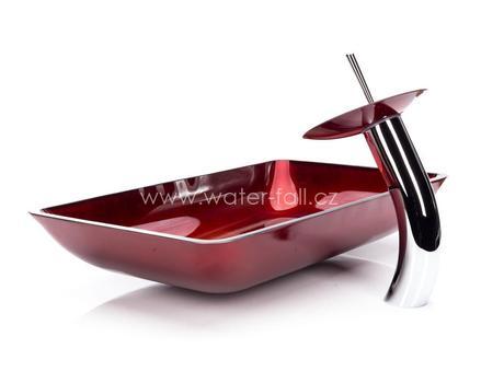 Červený umyvadlový set,