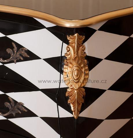 Designová barokní komoda Chess,