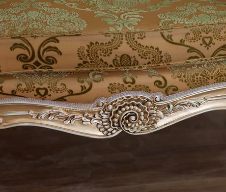 Malé zlatá sofa, růžové,