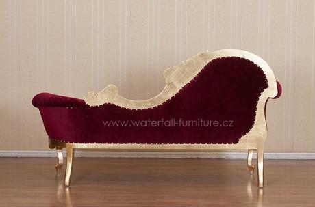 Retro červené sofa,