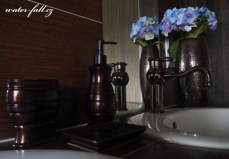 Retro koupelnové doplňky olejem gumovaný bronz,