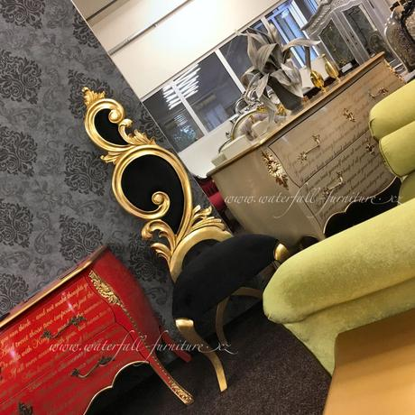 Zlatá zámecká jídlení židle Gold Leaf,
