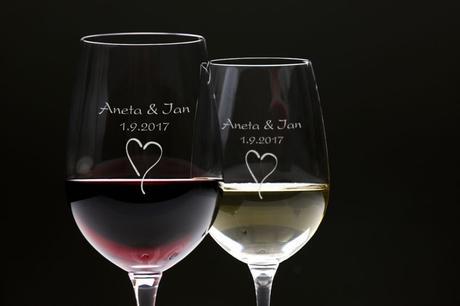Skleničky na víno s vlastním textem - 2 ks,