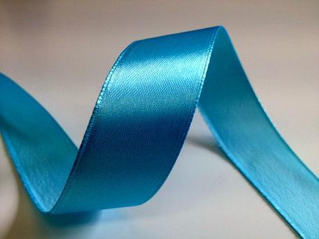 Světle modré saténové stuhy - 22 m / 2,5 cm,