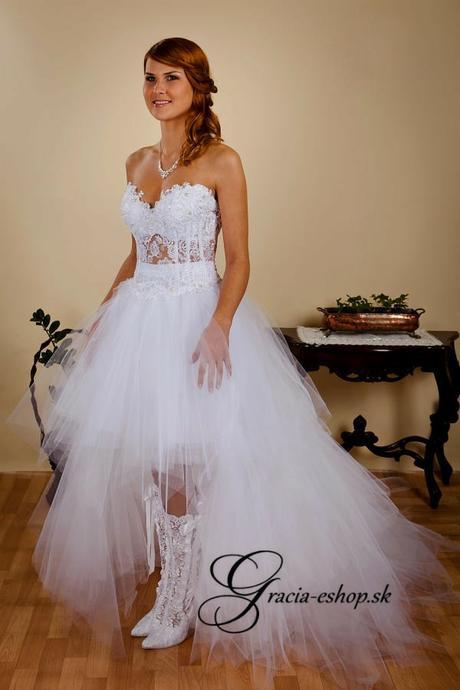 9d86ff7771f7 Extravagantné svadobné šaty