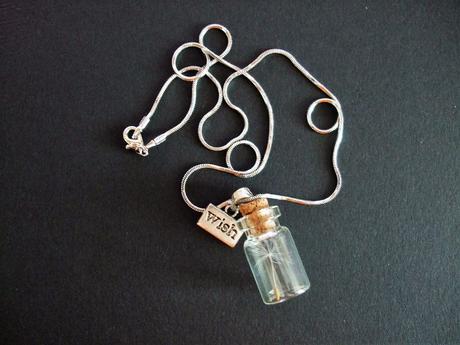 Darované přání - přívěšek s pampeliškovým chmýřím ,