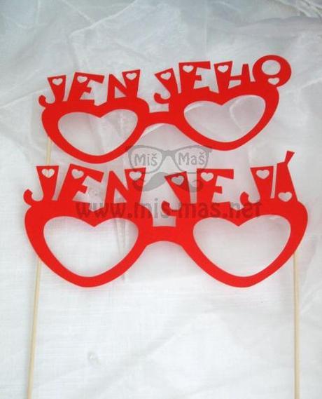 Fotorekvizity - brýle Jen jeho a Jen její,