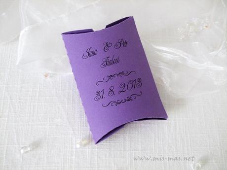 Krabička na svatební mandličky,