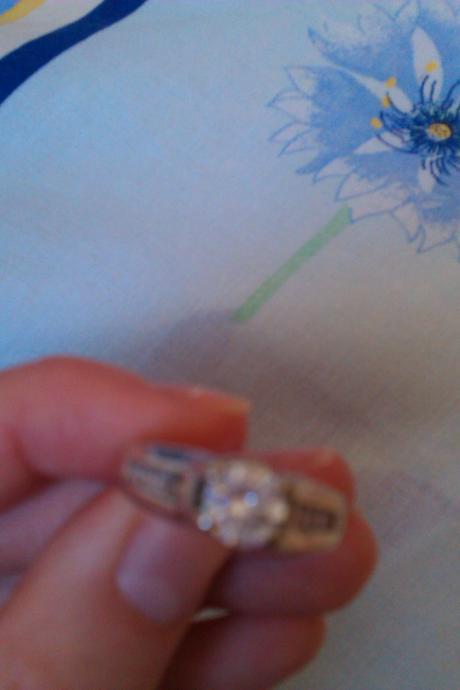 Strieborný prsteň ,
