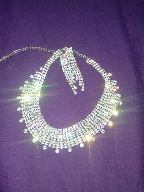 náhrdelník,náušnice,