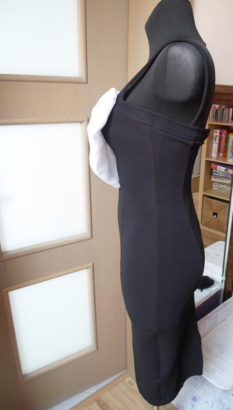 čierne šaty s , 36