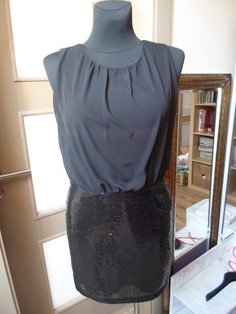 Čierne trblietavé šaty, M