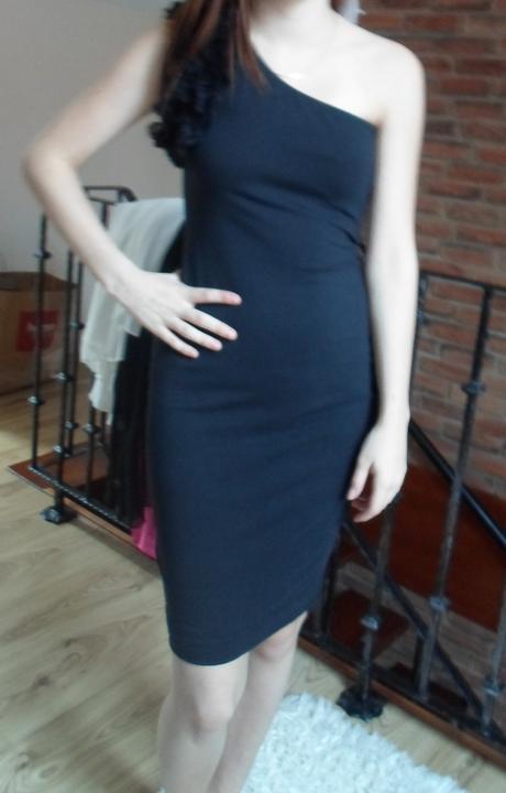 Úpletové šaty, 36