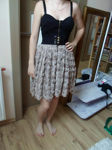 upletove šaty, 36