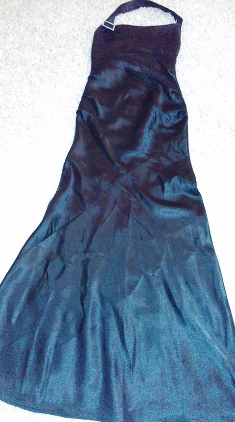 Saténové šaty , 38