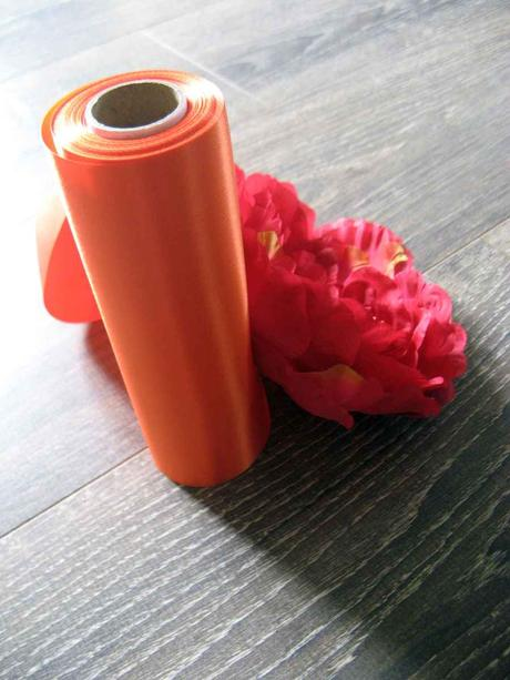 Saténová stuha oranžová 16cmx9m,