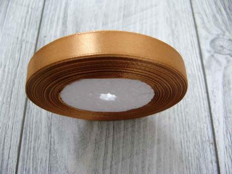 Saténová stužka zlatá - Gold 12,5mmx32m,