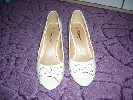 bílé boty, 40