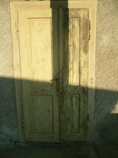 Stare dvere vonkajsie,