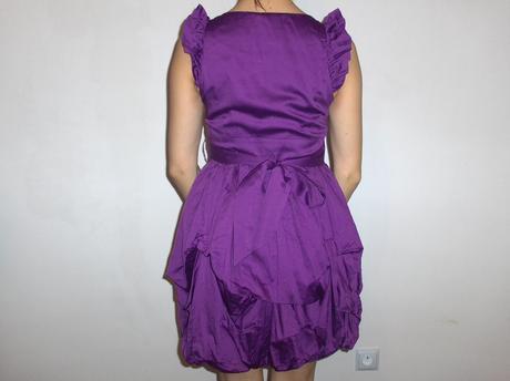šaty S-M, S