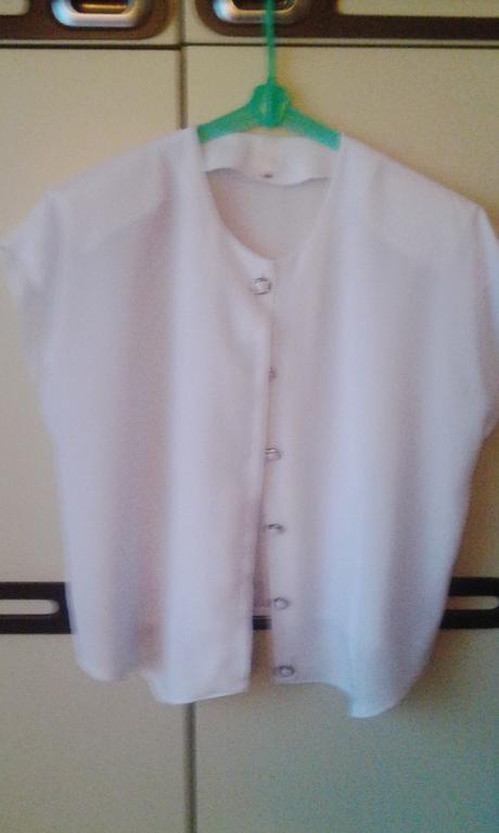 biela bluzka, 44