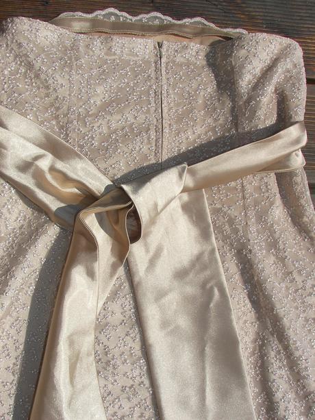 Popolnočné a slávnostné šaty, 1x oblečené, 38