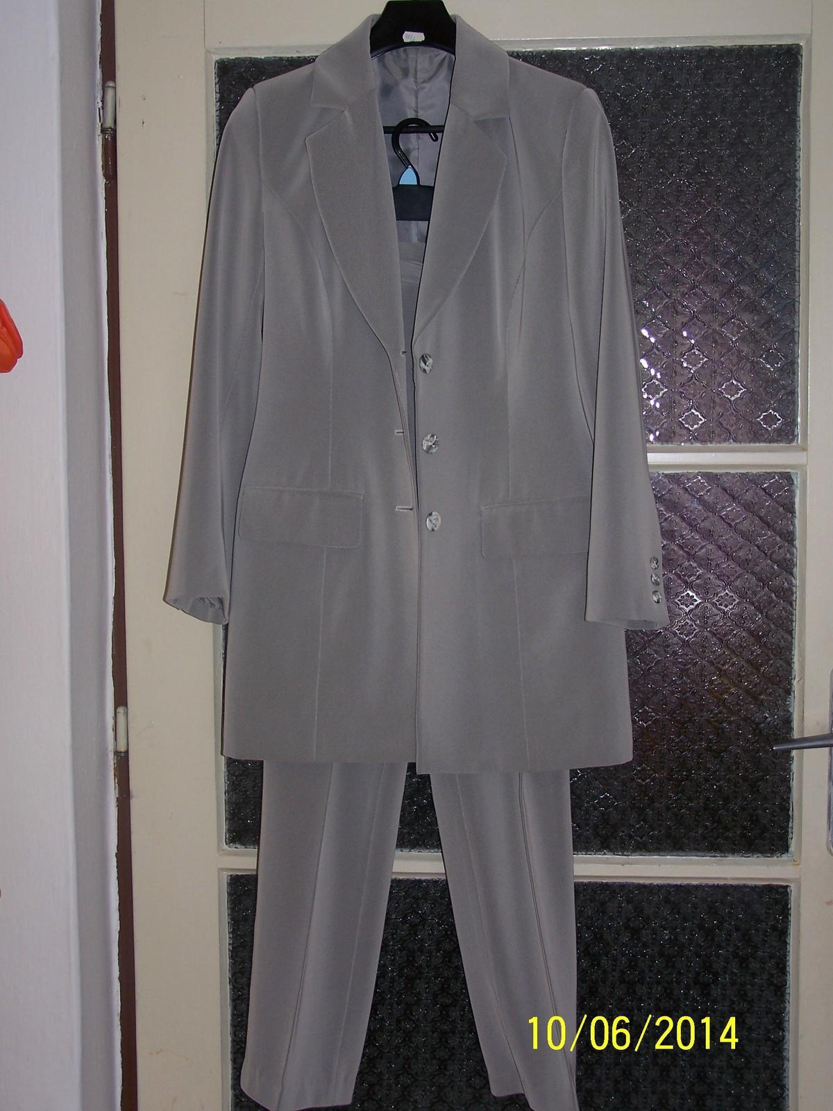Nohavicový kostým f4d25ccfe00
