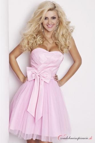 Krátke ružové šaty 10f0661b1d3