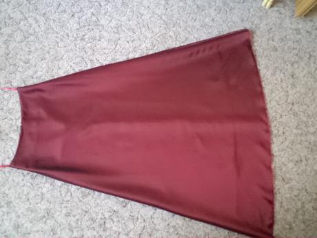 šaty( korzet + sukňa), 36