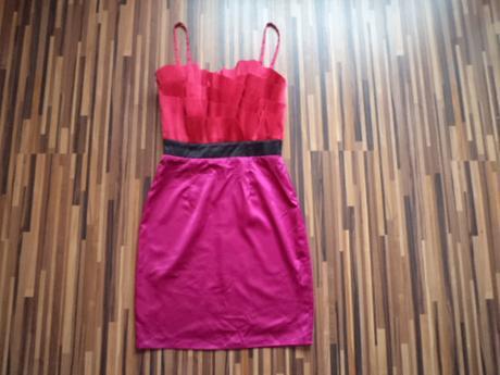 šaty LIPSY- Londyn , 34