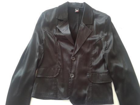 čierne lesklé sako, 40