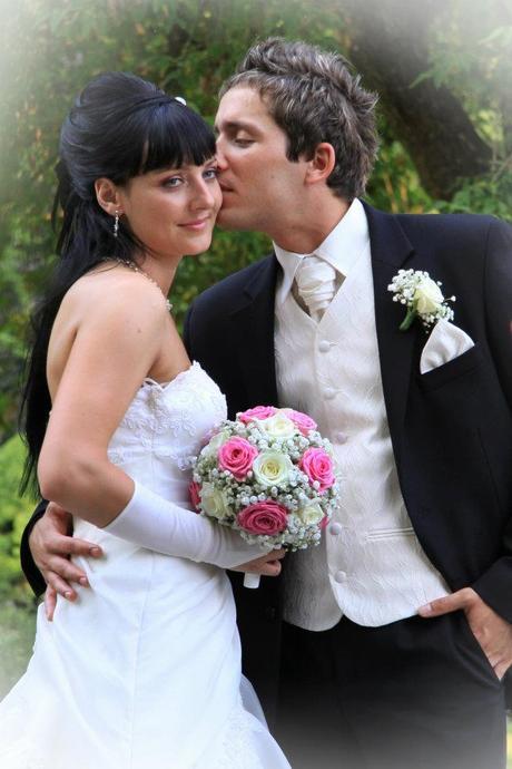 Svadobna vesta, 48