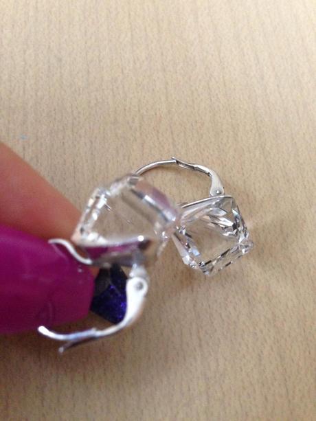 Swarovskeho naušničky kocky 1cm,