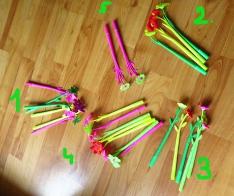 nepoužité voňavé pera- tužky, propisky,