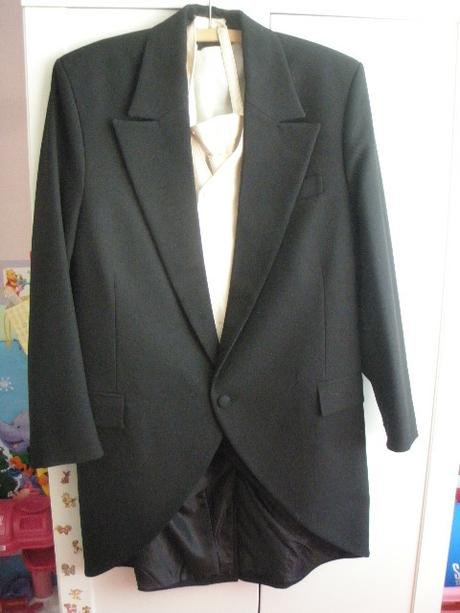 svadobný komplet - žaket, nohavice, vesta, kravata, 48