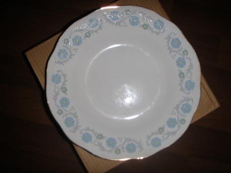 taniere - nepoužívané,