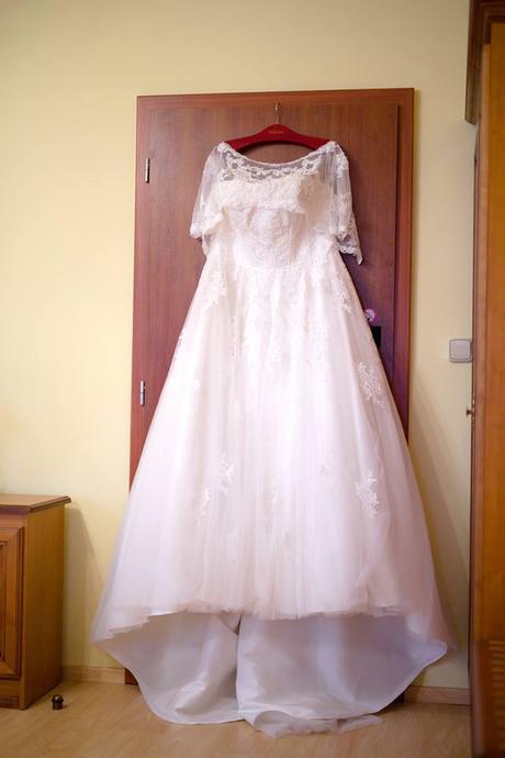 Originál šaty od návrháře. Přivezené ze zahraničí., 46