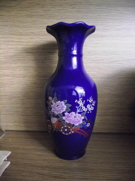 Modrá zebratelska váza,
