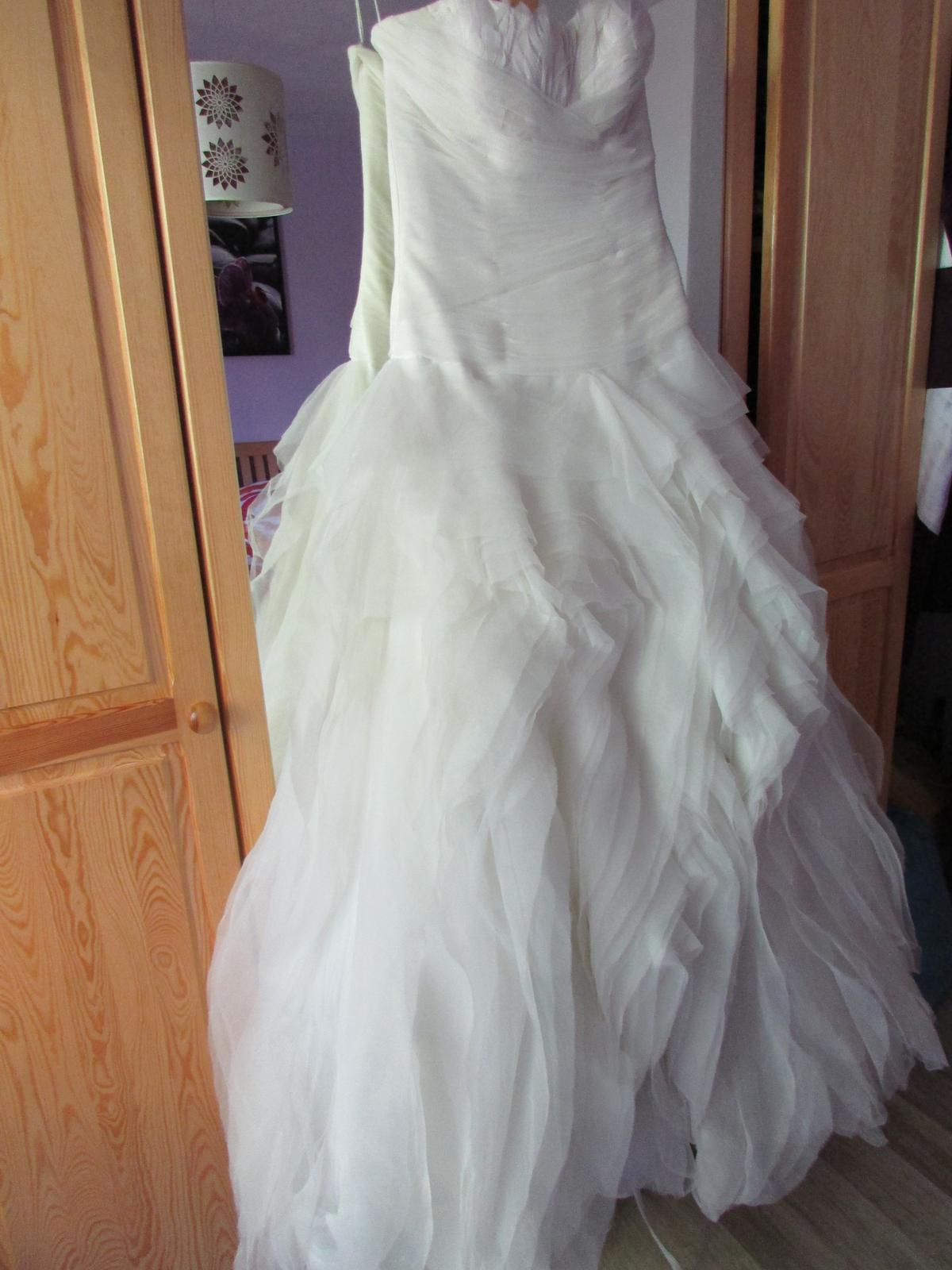 Svadobné šaty benicarlo 437d10b9e28