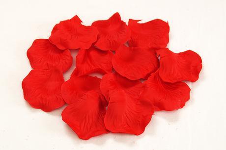 Plátky růží - červená - 100ks,